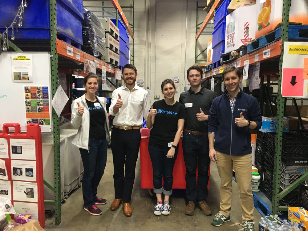 Xometry employees volunteering