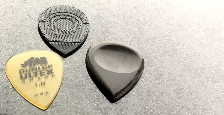Case Study: this classical guitarist uses 3D printing to make her own guitar picks