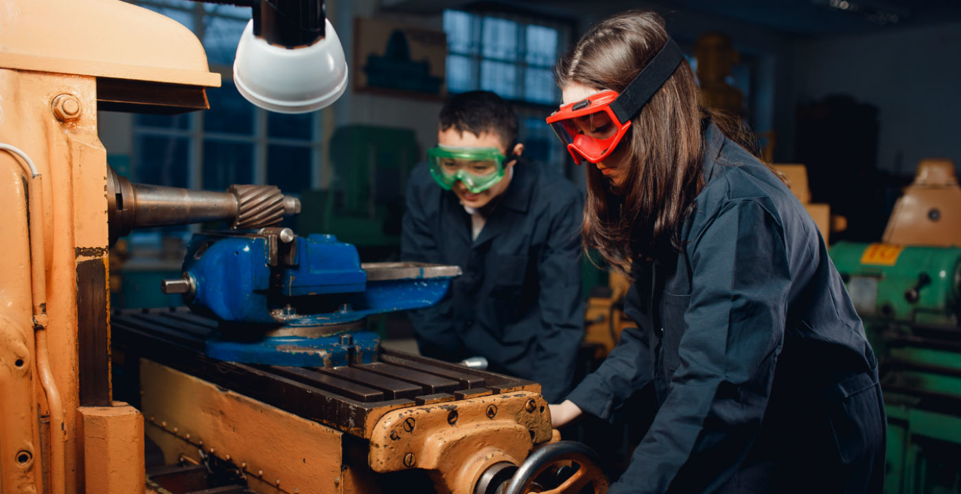 It's never too early to start thinking about the mechanical engineering internships you want to apply for next year. Xometry has put together a list of some of our favorite internships for you to check out.