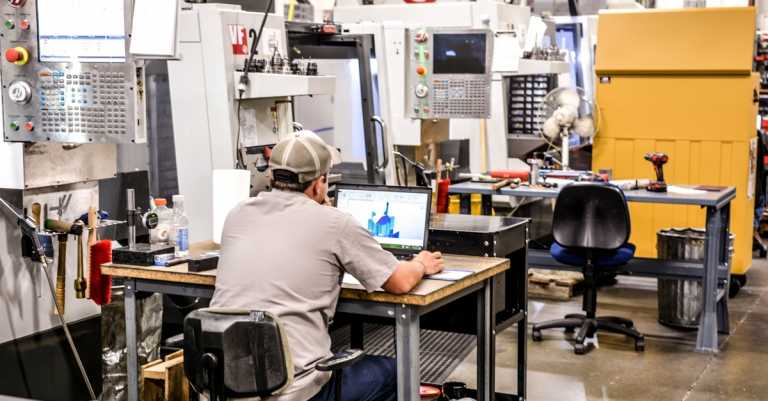 4 Reasons You Need to Build a Better Internet Machine Shop