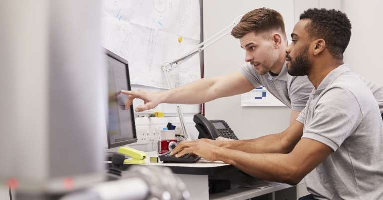 """There's No """"I"""" in Manufactur*ng: How Tech and Team Are Transforming Work"""